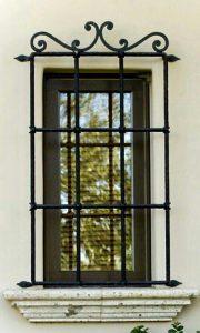 حفاظ پنجره و بالکن