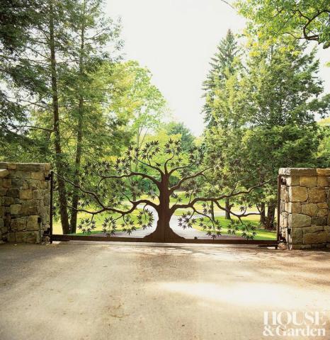 درب فلزی طرح درخت