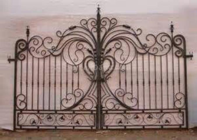 درب فلزی قبل از نصب